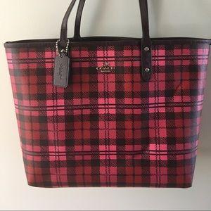 Coach Bags - Coach tote purse reversible